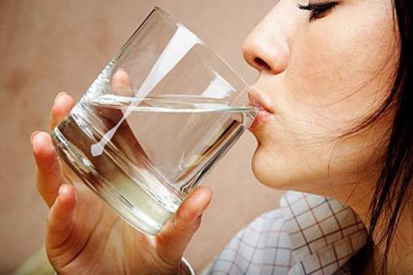 Az Su Tüketmek Hastalık Sebebi