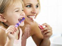 Çocuğa Diş Fırçalama Nasıl Öğretilir?